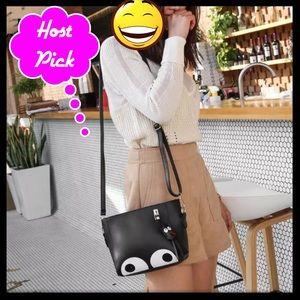 Handbags - 🏆HP🏆 Adorable Mini Crossbody Bucket Purse